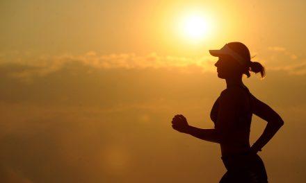Sådan holder du kroppen sund på trods af stillesiddende arbejde